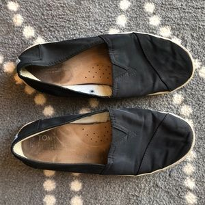 (Toms) Size 7.5